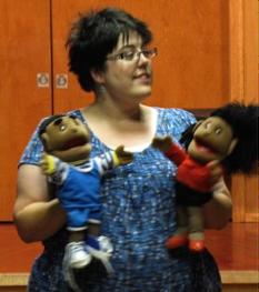 Le pouvoir des marionnettes pour enseigner la sécurité aux tout-petits